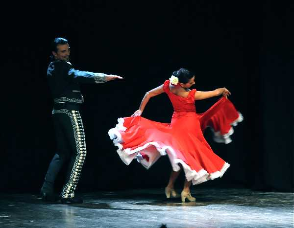 FLAMENCO+ADULTI+E+NACCHERE+-6c6b899799.jpeg